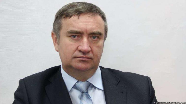Как получить пенсии и социальные выплаты переселенцам из Донбасса? Николай Шамбир ответил на все вопросы