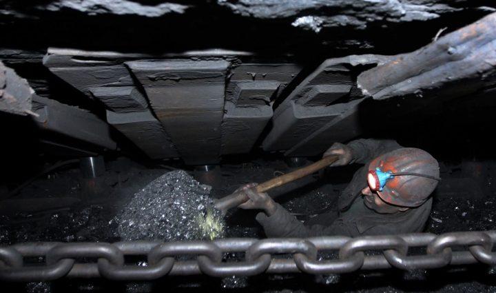 «Зарплату шахтерам!»: Чиновники заявили, когда погасят долги по зарплате