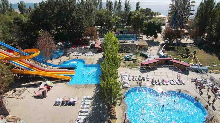 «Привлекательные цены и большой выбор развлечений»: чем удивит туристов курорт Скадовск в Херсонской области