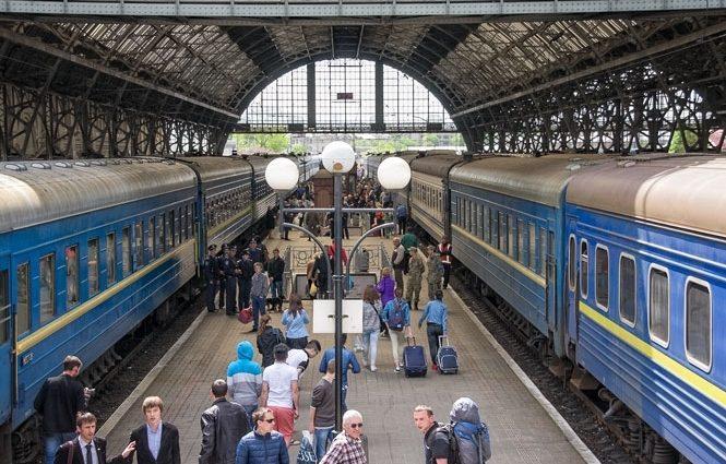 Вдруг пассажир будет голодным? Находка в вагоне поезда ошеломила украинцев