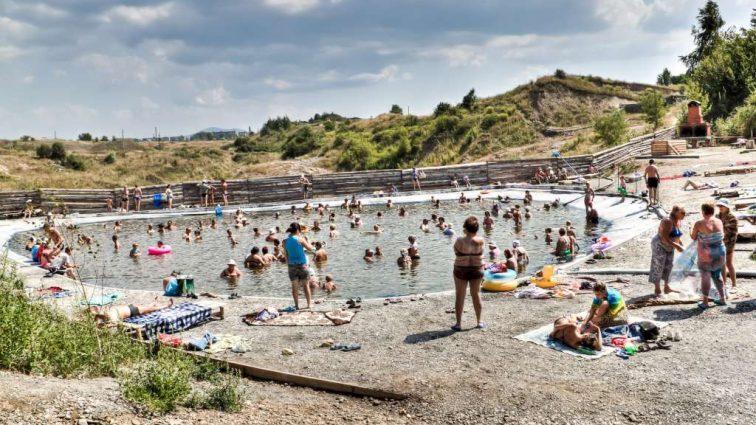 «Соляные шахты и целебная рапа»: почему курорт Солотвино является достойной альтернативой Мертвому морю