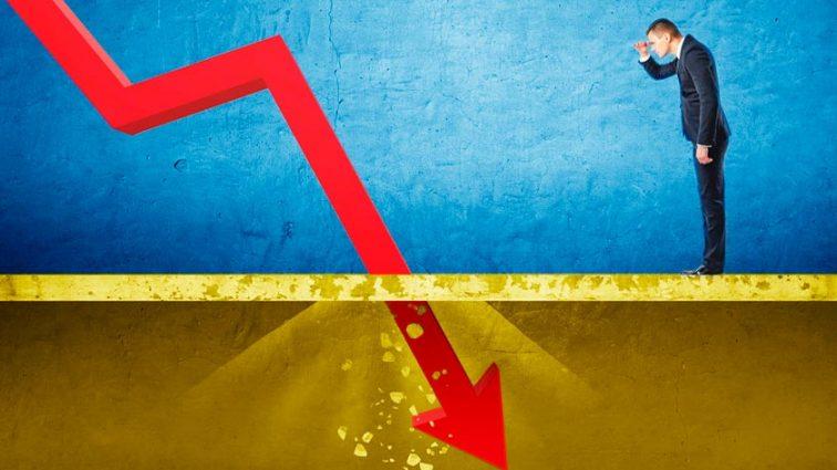 Девальвация гривны или дефолт? Что грозит стране отсутствие сотрудничества с МВФ