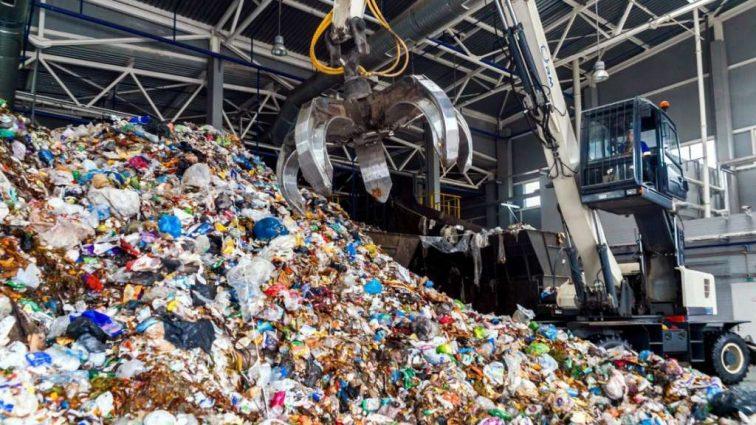 Французская компания согласилась перерабатывать украинский мусор