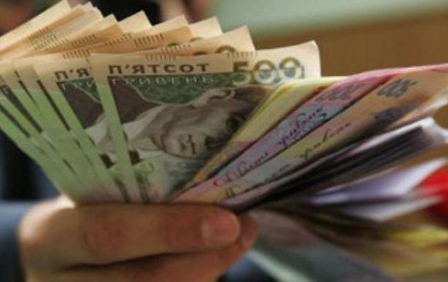 У украинцев выросла заработная плата: какая теперь средняя «получка» в стране