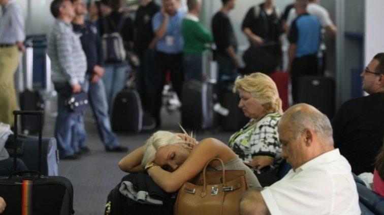«Держали без воды и без еды!»: Очередной авиаколлапс с украинцами в Египте