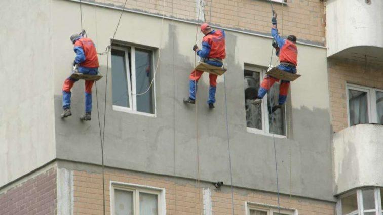 «Оформляй сертификат или плати»: Украинцев через штрафы заставят утеплять свои дома