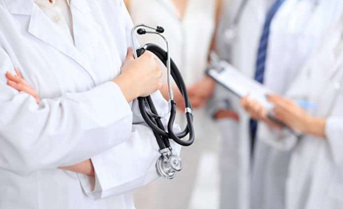 Семейным врачам в три раза увеличили зарплату: что будет происходить дальше