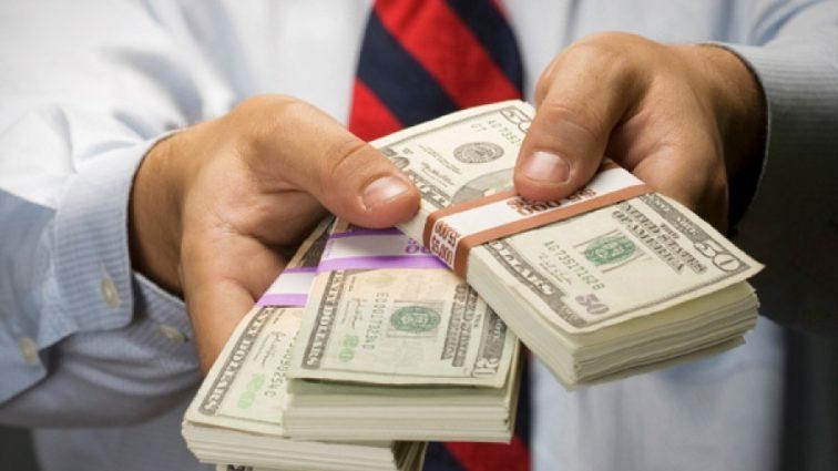 «Теплые кредиты»: банки прекращают выдачу займов