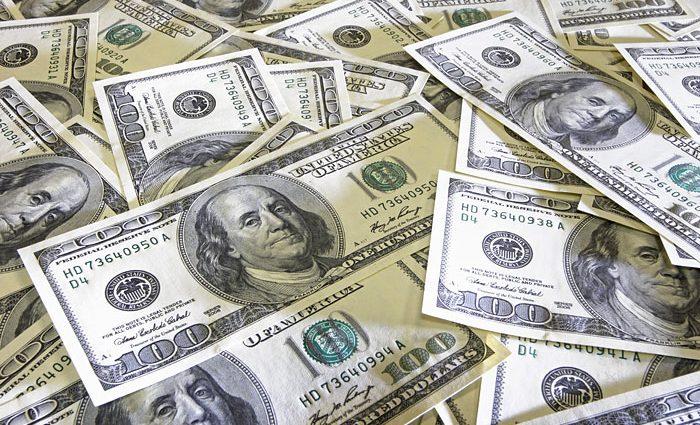 «После стремительного роста резко упал» Что происходит с долларом на рынке валют