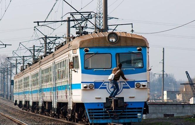 Новые классы и новые цены на проезд: с 1 сентября «Укрзализныця» планирует разделить поезда на три класса