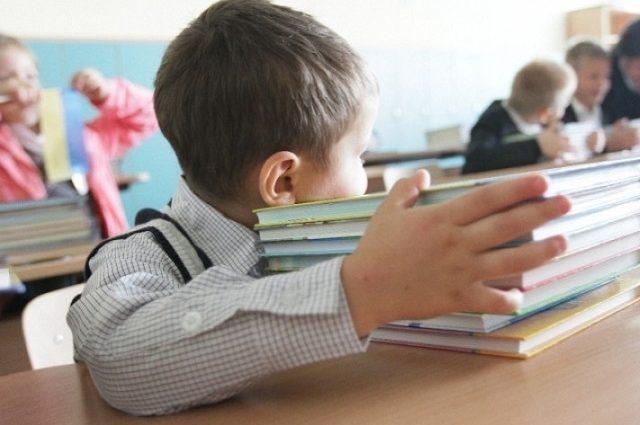 Субсидии, школы, цены, больницы, телевидение: какие изменения ждут украинцев уже с 1 сентября?