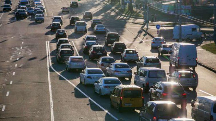 «Значительно облегчает движение»: государство планирует построить перехватывающие автостоянки