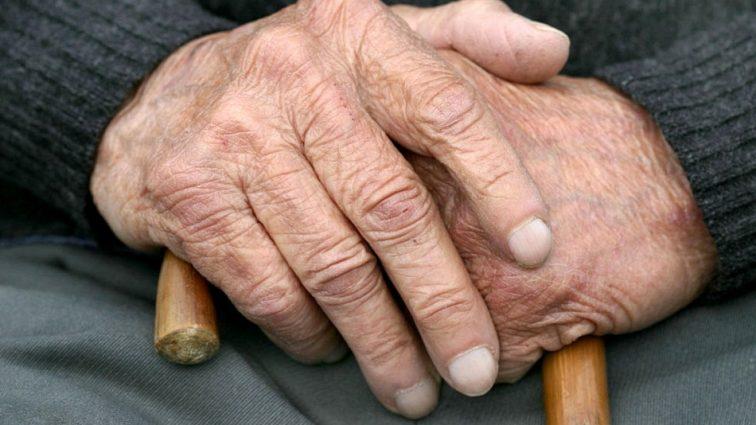 Помощь получат не все: кому из украинцев повысили пенсионный возраст?