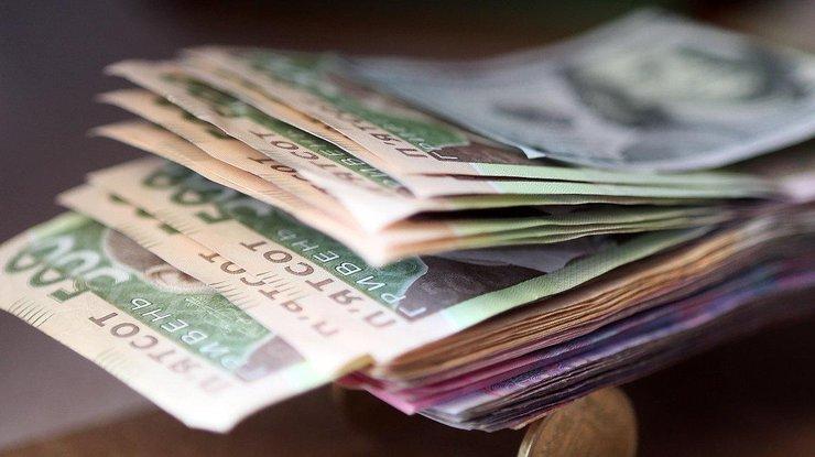 В Украине существенно выросла заработная плата в августе