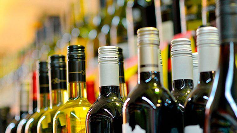 Цены на алкоголь «взлетели» почти на 20 процентов: сколько теперь платить?