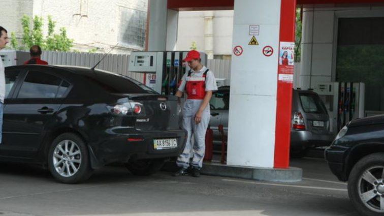 Плюс гривна за литр: стало известно сколько для украинцев будет стоить бензин в сентябре