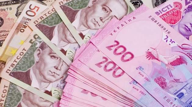 В Украине уже совсем скоро вырастут зарплаты и пенсии, кого это коснется