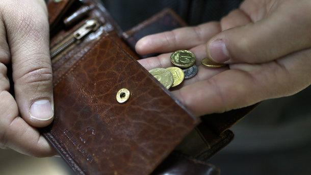 Гройсман заявил, что украинцев ждет массовый пересчет пенсий