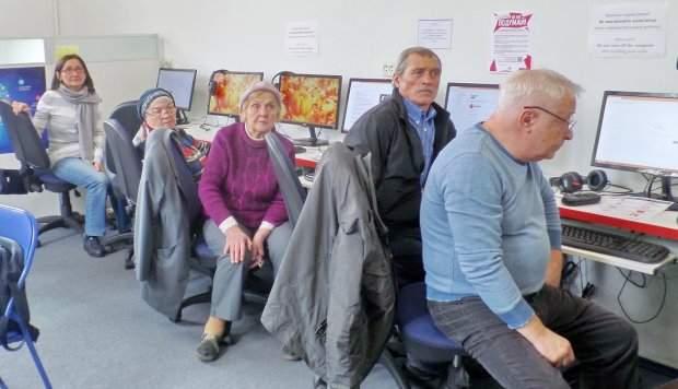 «На пенсию в 80»: Украинцев хотят заставить работать всю жизнь