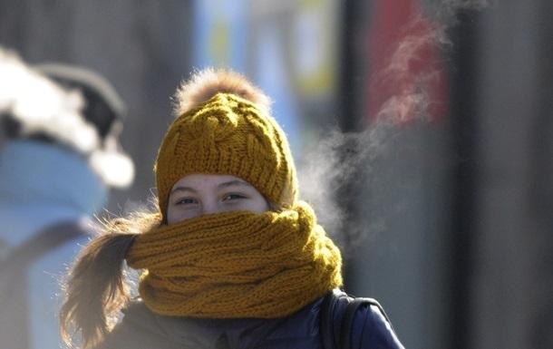Где будет мести снег, а где лить дождь: погода в Украине на неделю