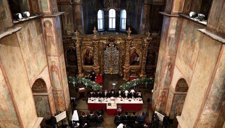 В Киеве избрали предстоятеля объединенной церкви. Первое заявление нового главы