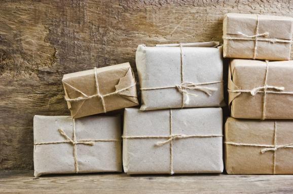 Что нужно знать получателям о налоге на посылки из-за границы?