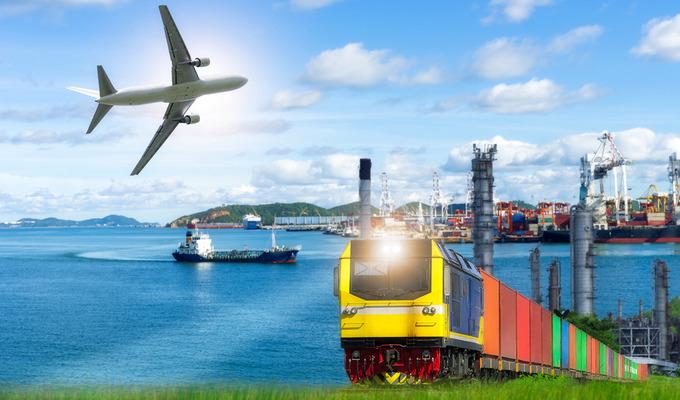 Поезд, самолет или автобус: Какой вид транспорта предпочли украинцы в 2018 году