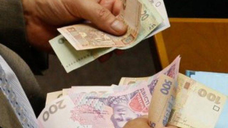 Украинцам пересчитают пенсии: кому дадут на 1 тысячу больше?