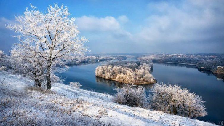 Теплый воздух и никакого снега: что за погода ожидает украинцев на неделю