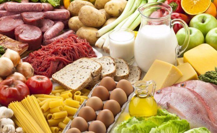 Подешевели только яйца: В Украине снова выросли цены на социальные продукты питания