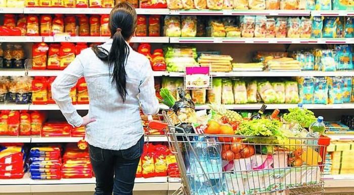 Акции в магазинах: чем опасны и как не попасть на «крючок» не качественной продукции?